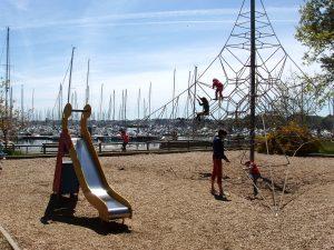 Aire de jeux à Port La Forêt