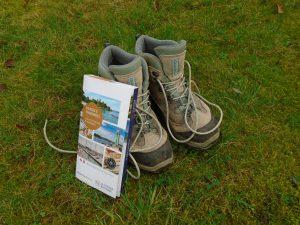 Chaussures randonnées avec topoguide
