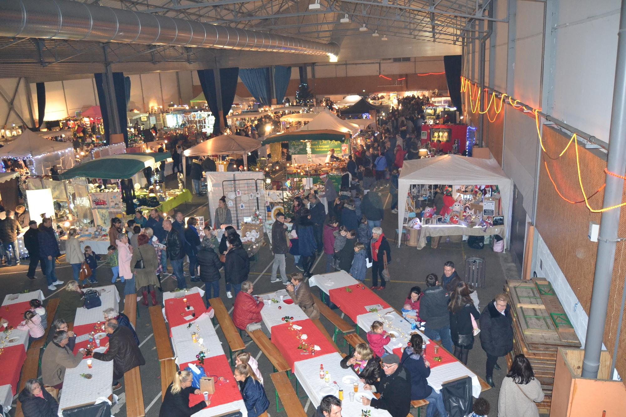 Le GRAND Marché de Noël de PLONEOUR-LANVERN